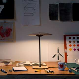 Lampe à poser LED GINGER / Chêne Naturel - Luminaire Marset