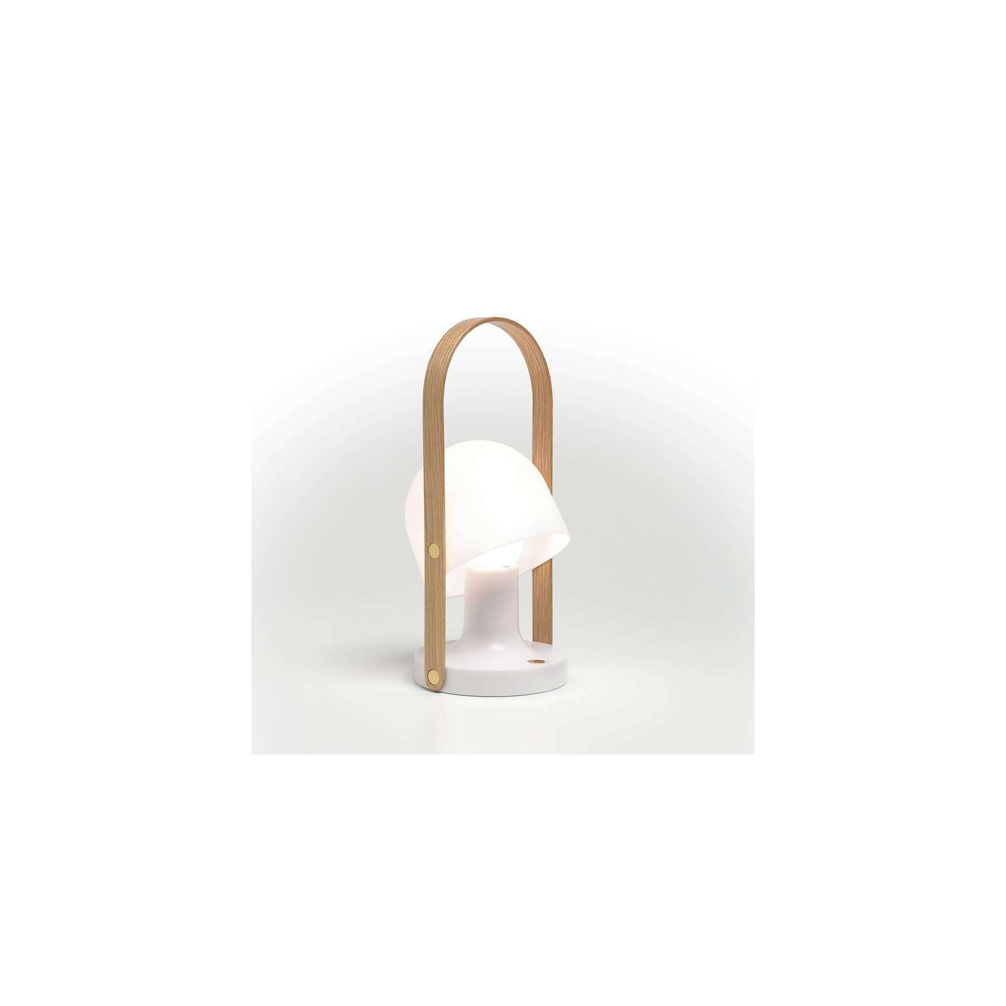 lampe portable follow me. Black Bedroom Furniture Sets. Home Design Ideas