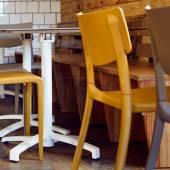 Table pliable d'extérieur KISO / Compact blanc et pied blanc