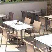 Table outdoor KISO / Compact blanc / Pied beige / 4 plateaux au choix