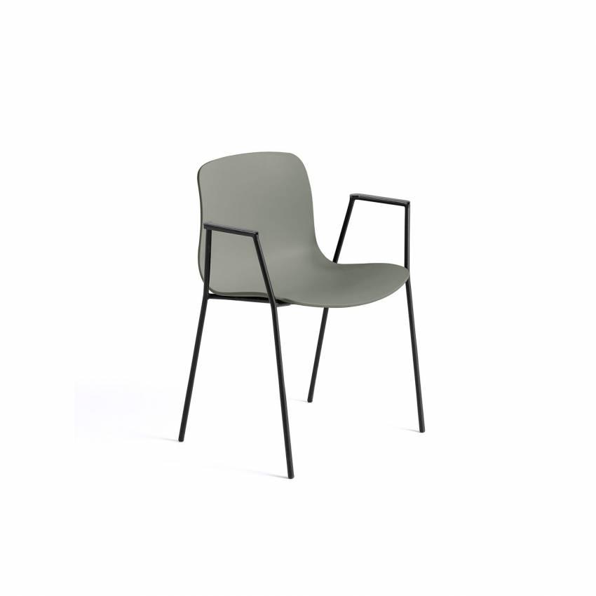 Chaise avec accoudoirs AAC 18 / Vert dusty pieds noir