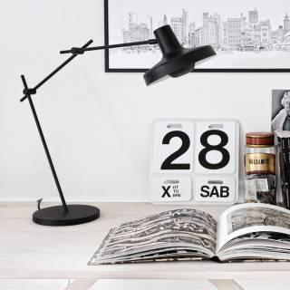 Lampe de bureau AR-T / H. 82 cm / Noir ou Blanc
