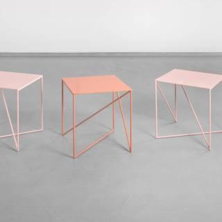 Table d'appoint DOT / L. 40 ou 70 cm / Rose