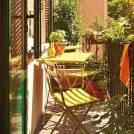 Composition : 1 Table et 2 Chaises de jardin ARC EN CIEL / Rouge