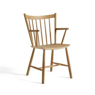 Chaise avec accoudoirs J42 / H. 87 cm / Chêne Huilé