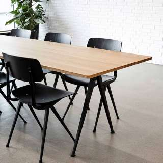 Lot de 4 chaises RESULT / Noir / Piètement Noir