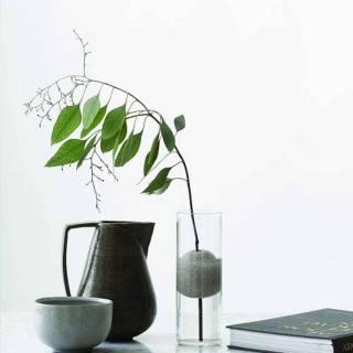 Vase en verre LAVA avec pierre volcanique