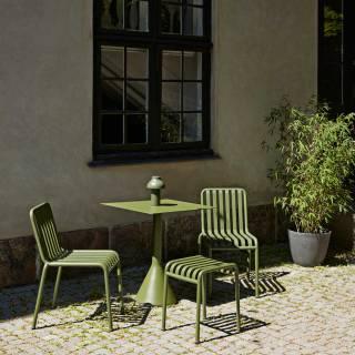 Table carrée d'extérieur PALISSADE / H. 74 cm / Olive