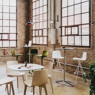 Table LOTTUS AL / 3 modèles / Blanc et piètement Gris