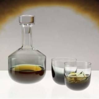 Décanteur à whisky TANK / Verre / Noir / Tom Dixon