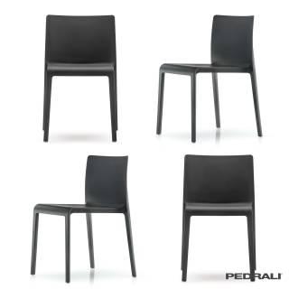 4 Chaises VOLT 670 / Polypropylène Noir / Pedrali